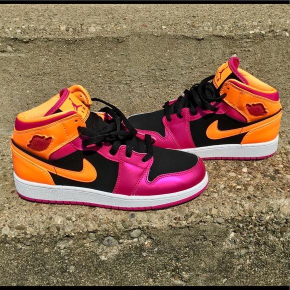 newest collection d529e 4f23c 🍭NIKE AIR JORDAN Retro 1 Pink Black Orange🍭